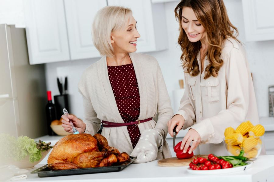 Mother Teenage Daughter Date Ideas at Home