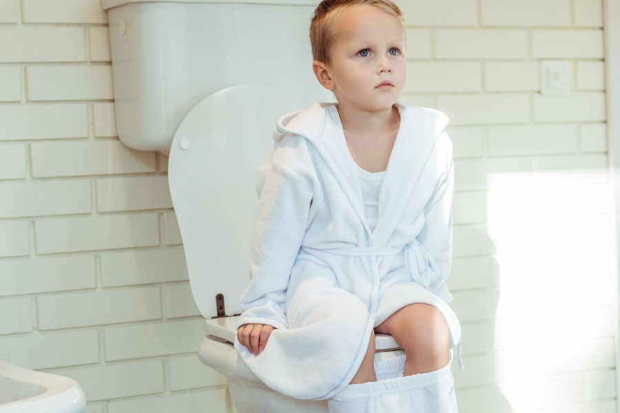 How Do I Get My Stubborn 4 Year Old to Poop in The Potty?