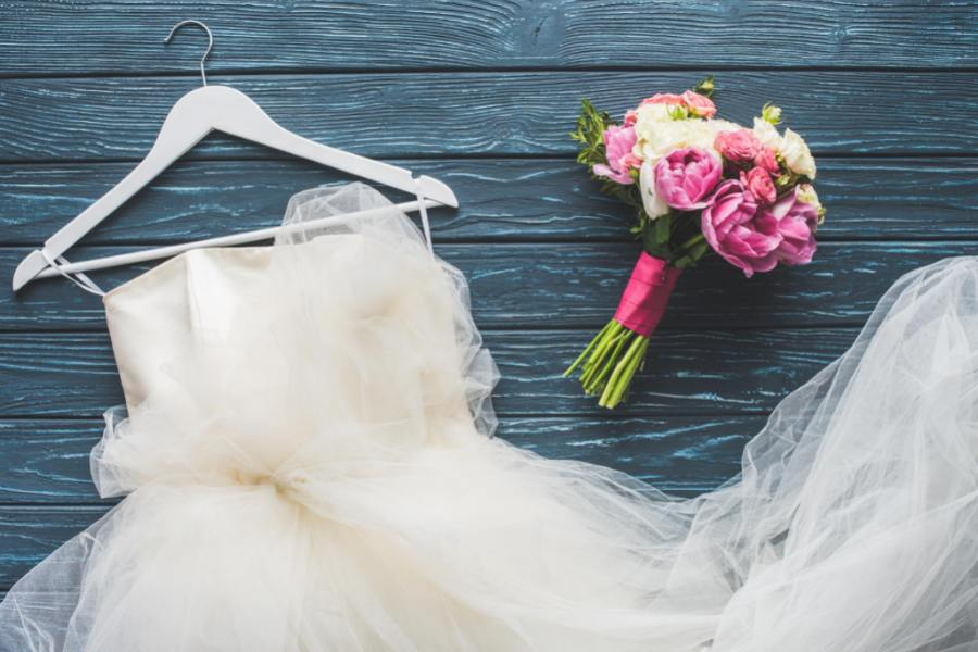 How to Respond to Mixed Signals Before You Say I do